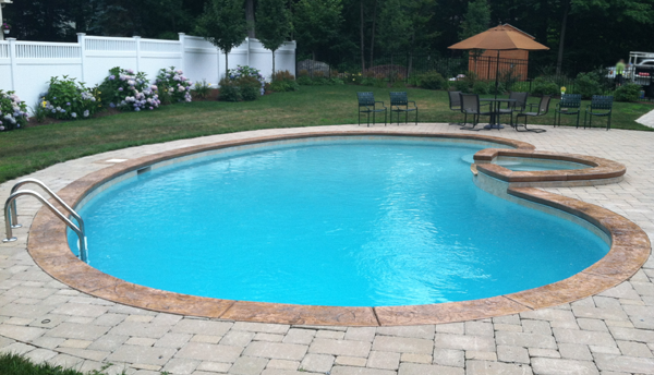 Kidney Shaped Pool With Spa Images
